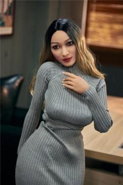 Liebespuppe Yumiko