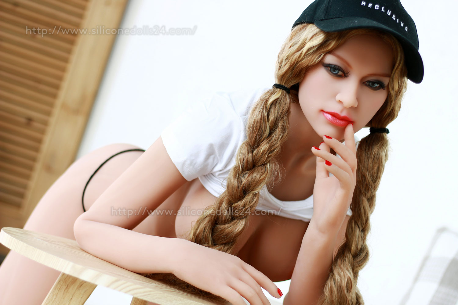 6Ye-blonde-adult-real-doll